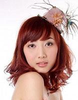 棕红色梨花烫头发图片 红色梨花烫发型