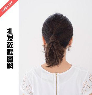 披散头发时脸颊两侧总有头发耷拉下来怎么办 怎样调整头发和脸型的对比