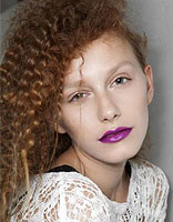 长脸型适合怎样的烫发发型 烫长脸麦穗发型