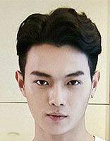 男生留怎样的发型让自己的脸更瓜子 瓜子脸的平头男生