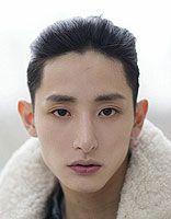 瓜子脸的男生适合什么短头发发型 男生瓜子脸适合的发