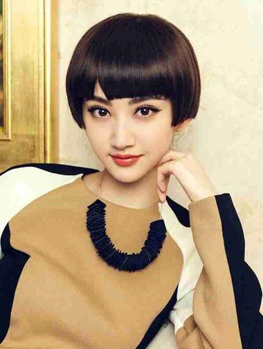 中学生沙宣短发发型图片 女中学生帅气短发发型图片