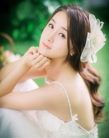 脸窄的女生适合什么发型图片 长窄脸女生适合的发型