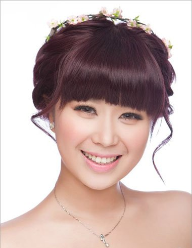 直刘海新娘造型 女生直刘海的照片