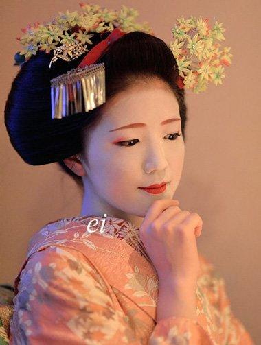 大爱和风文化风情发型 别具一格艺妓式盛唐妆容