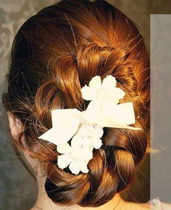 最新女生长直发扎法 韩国直发发型扎法