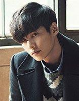 韩式男生蓬松发型吹法 最新韩版男生发型