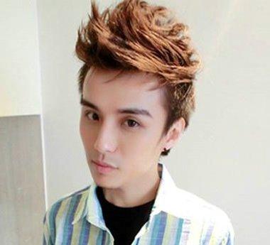 男短发鲨鱼头发型 男孩短发发型图片