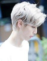 男生染头发银色是什么颜色 男士银色飞机头发型