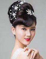 新娘韩式时尚盘发秀起 谁将成为春天里最美的女人