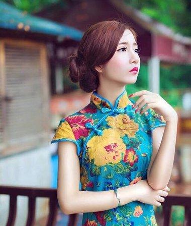 与旗袍搭配的几款盘发发型 夏季就走恒温中国风