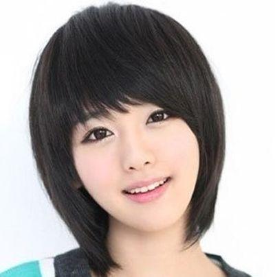 女生蘑菇头图片