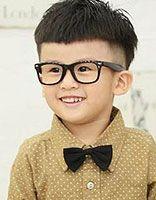 虚四岁的小男生弄什么发型好看 四岁男孩发型照片