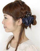 学生版的包包头 可爱女生包包头扎发步骤