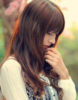 脸大头发少适合什么长发 适合脸大头发少的长卷发