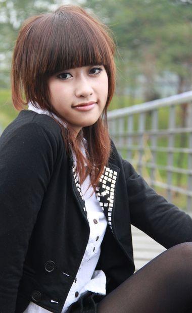 女生脸长头发少剪什么短发型 长脸适合的齐肩短发发型图片