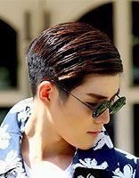 男生头发纹理烫是什么样 男生纹理烫栗色头发