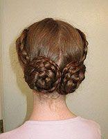 中老年人盘什么发型 老年女人超长发盘发的发型