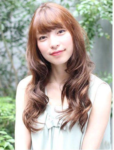 中年女性头发染什么颜色 中年女性棕色染发的效果