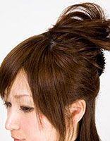 方脸适合把头发扎起来不 方脸中长发女生头发怎么扎好