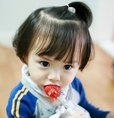 小孩子齐刘海短发怎么扎 齐刘海短发造型扎发方法图解[儿童发型]-儿童图片