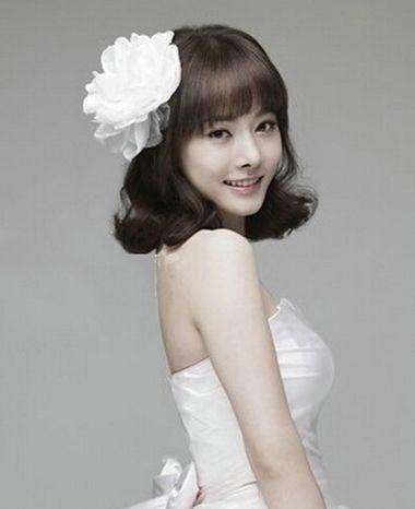 韩式新娘盘头发的步骤 新娘简单高贵头发盘扎图解[新娘发型]-韩国新娘图片
