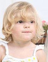 幼儿短蘑菇头发发型图片 女童蘑菇头发型图片