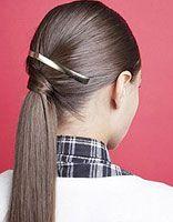 教直头发马尾发型扎发步骤 中长直发马尾发型扎法图片