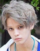 2016年15岁男孩新潮发型 15岁男学生发型图片