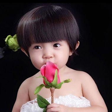 小孩的好看头发 小女孩的蘑菇头发型图片