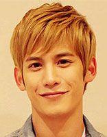 适合22岁长脸男生发型 22岁长脸男生潮流发型