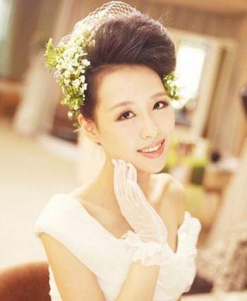 韩式新娘发型盘发步骤图解 新娘发型的简单盘发步骤[新娘发型]-新娘发图片