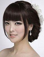 大脸美眉结婚适合什么样的盘发 大脸新娘时尚盘发发型