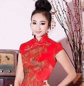 小清新宴会装 12岁生日宴会时尚头发造型