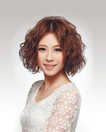 大脸女生适合什么短发发型 2016大脸女生适合的发型短发