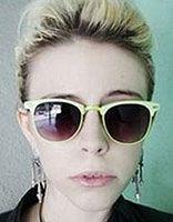 女士沙宣发型 戴眼镜沙宣发型图片