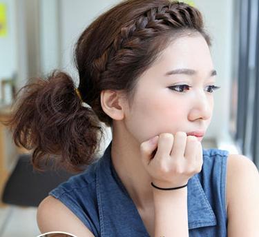 短发编辫子发型扎法图解