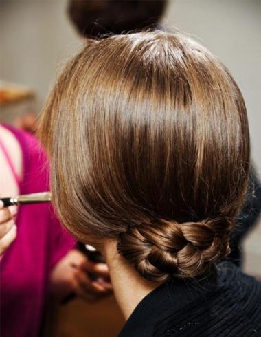 成熟味女人长发盘头 简单的长发盘发方法图片