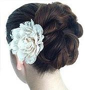 唯美的新娘发型哦