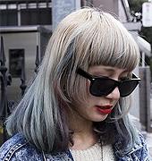 淡淡的颜色染发