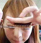 简单快速的修剪刘海方法