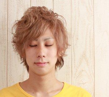 男士发型只能烫吗 皮卡路烫男生发型