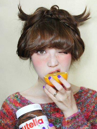 编小辫子韩版新发型 韩国女生扎辫子发型