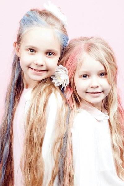 长发女孩简单实用发型 12岁女孩长发简单发型
