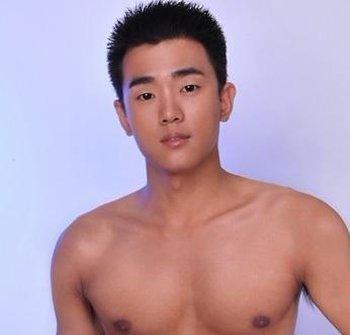 男生平头发型图片大全 普遍的男生发型