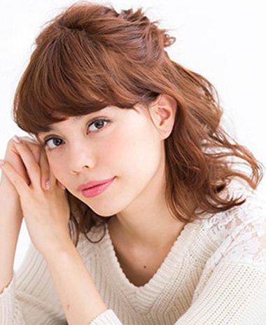 中短发型简易扎法+图解 半短头发简单发型扎法