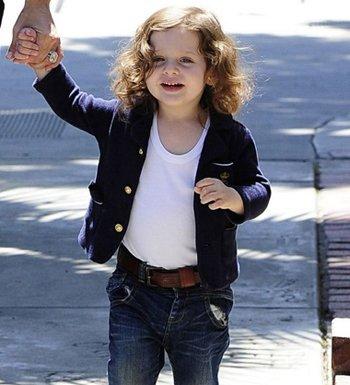 5岁女宝宝短发发型 小女孩短发梳头发型