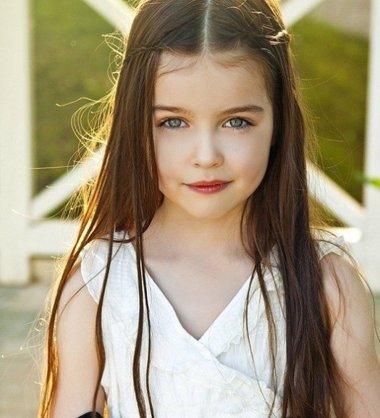 儿童简单又时尚公主头发型 小女孩好看又简单的发型