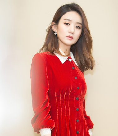 赵丽颖披肩卷发配红裙霸气优雅 赵丽颖那些唯美裙装发型