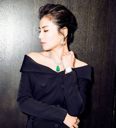 刘涛连体裤造型做活动大秀长腿 刘涛气质扎发发型真・女神